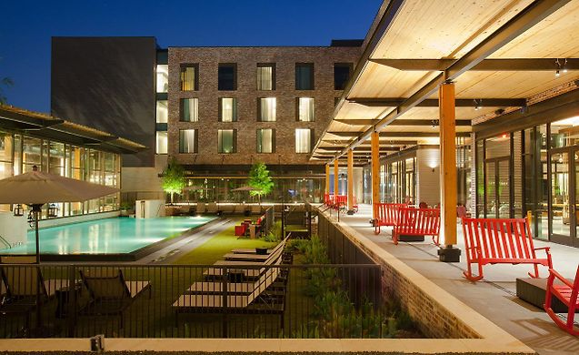 **** HOTEL THE GEORGE, COLLEGE STATION ****